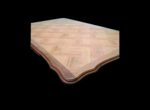 plateau d' une table en merisier aérogommé par lc gommage