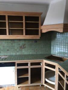 décapage par sablage d' une cuisine ancienne.
