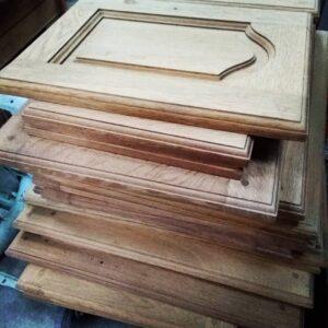 portes de cuisine décapées par aérogommage